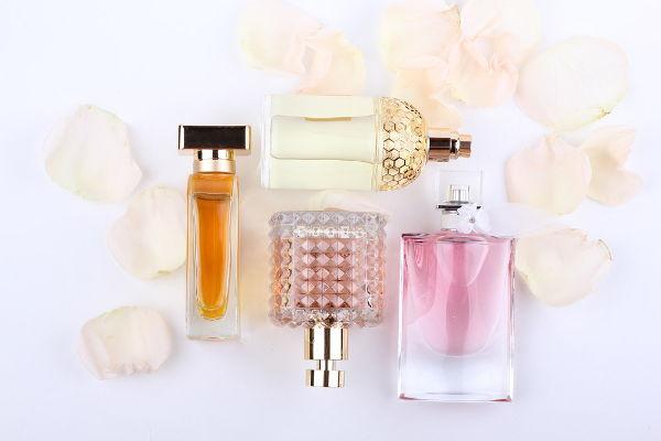 perfumy-pod-choinke-banal-niekoniecznie-2